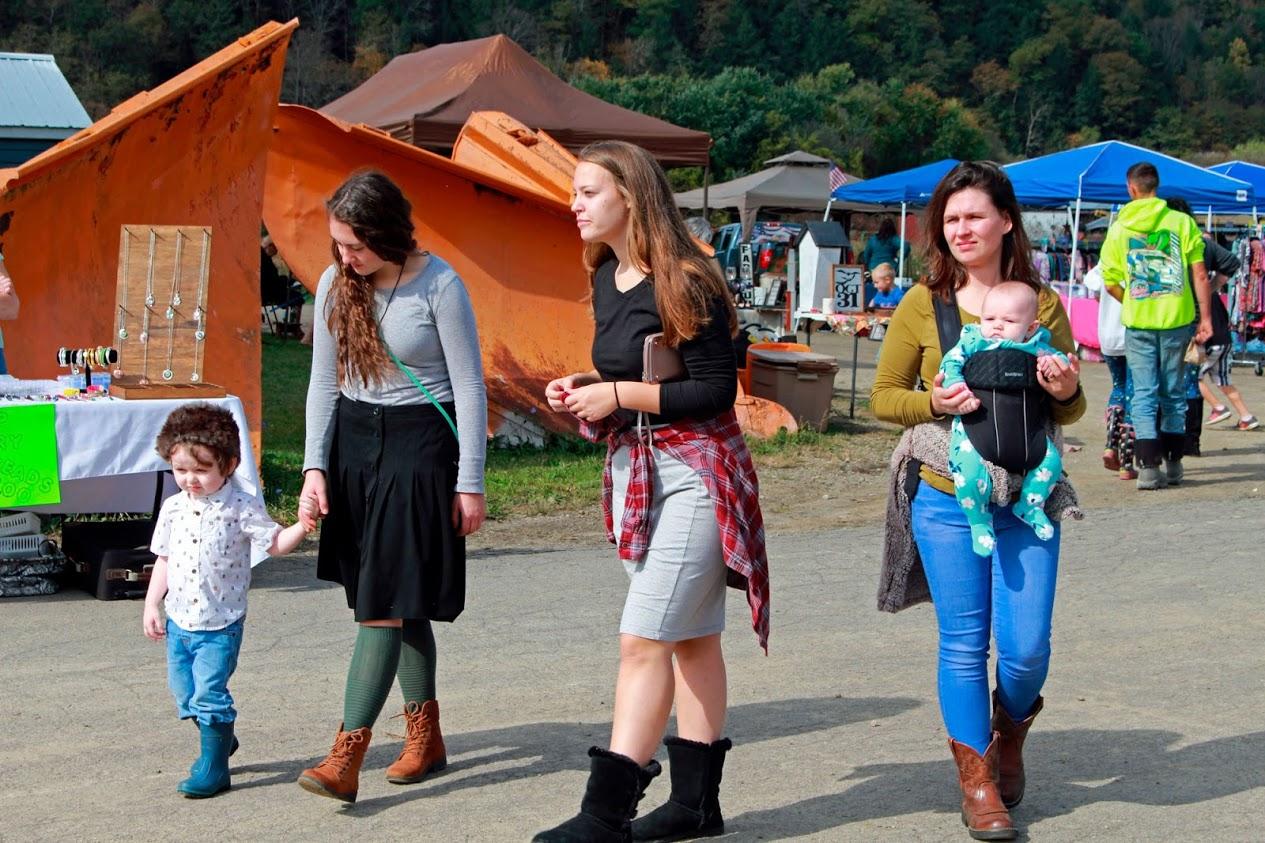 Rathbone Fall Festival | Ronnie, Ester, Carina, Anna, & Elizabeth